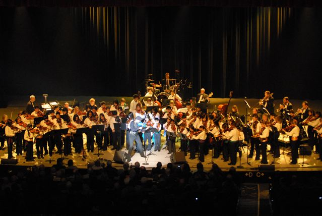 Doug Performing at Bakersfield Community Concerts with Strolling Strings